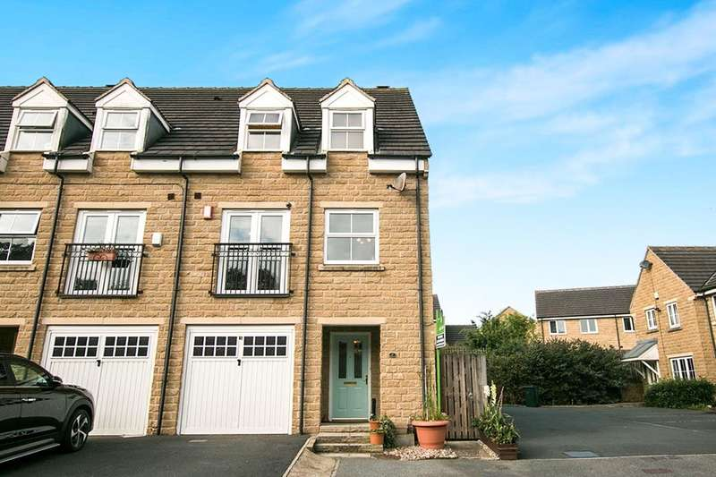 4 Bedrooms Semi Detached House for sale in Goodfellow Close, Cottingley, Bingley, BD16