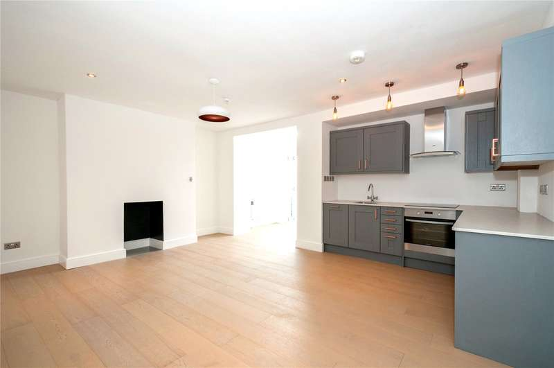 2 Bedrooms Flat for sale in Powis Grove, Brighton, East Sussex, BN1
