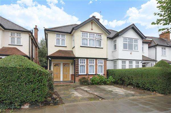 2 Bedrooms Semi Detached House for sale in Goodwyn Avenue, London
