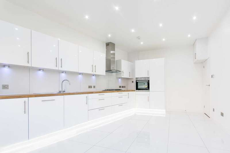 2 Bedrooms Flat for sale in Linacre Mansions, Willesden Green, NW2