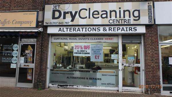 1 Bedroom Commercial Property for sale in HERTFORDSHIRE - DRY CLEANERS & ACCOMMODATION