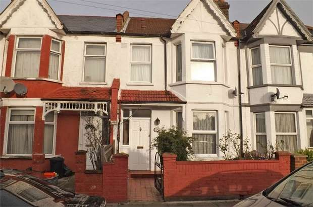 3 Bedrooms Terraced House for sale in Seely Road, London