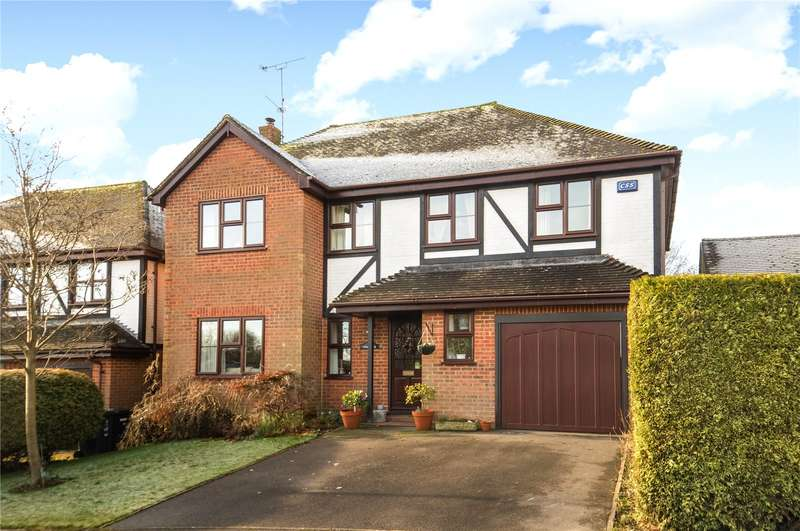 4 Bedrooms Detached House for sale in The Farthings, Crowborough