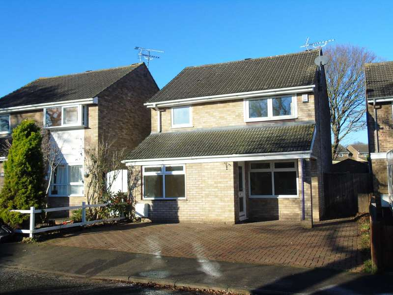 4 Bedrooms Detached House for sale in Calluna Drive, Bletchley
