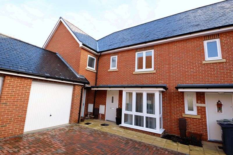 3 Bedrooms Terraced House for sale in St. Michaels Place, Waterlooville