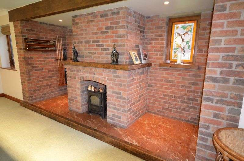 5 Bedrooms Detached House for sale in Foxhaven, Garstang Road, Pilling PR3 6AL