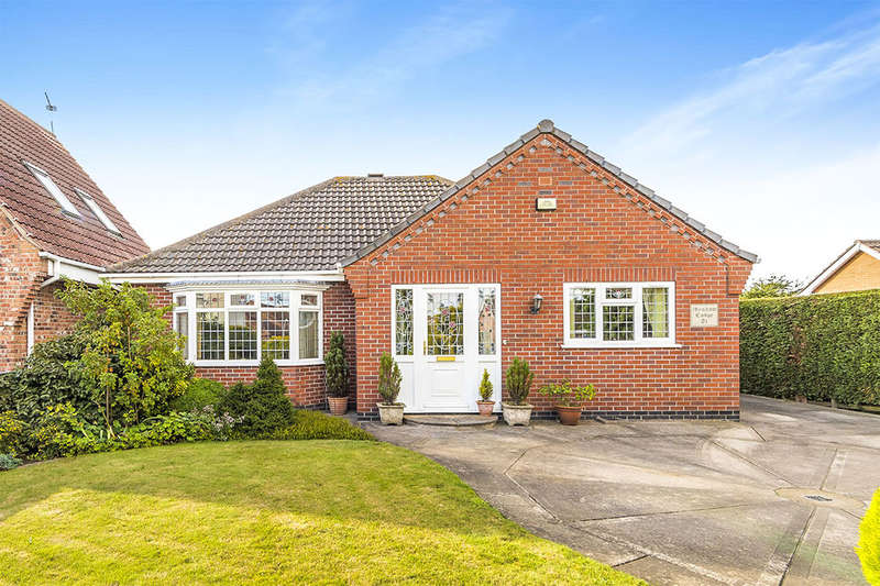 3 Bedrooms Detached Bungalow for sale in The Nooking, Haxey, Doncaster, DN9