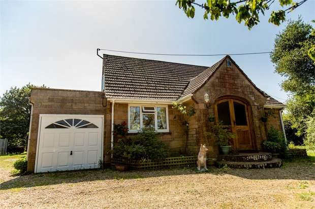 3 Bedrooms Detached Bungalow for sale in Warlands Lane, Ningwood, Newport, Isle of Wight