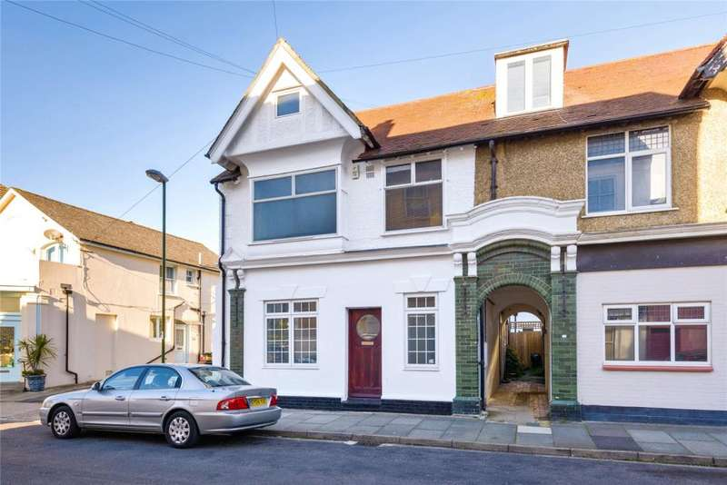 4 Bedrooms Semi Detached House for sale in Western Road, Littlehampton, West Sussex, BN17