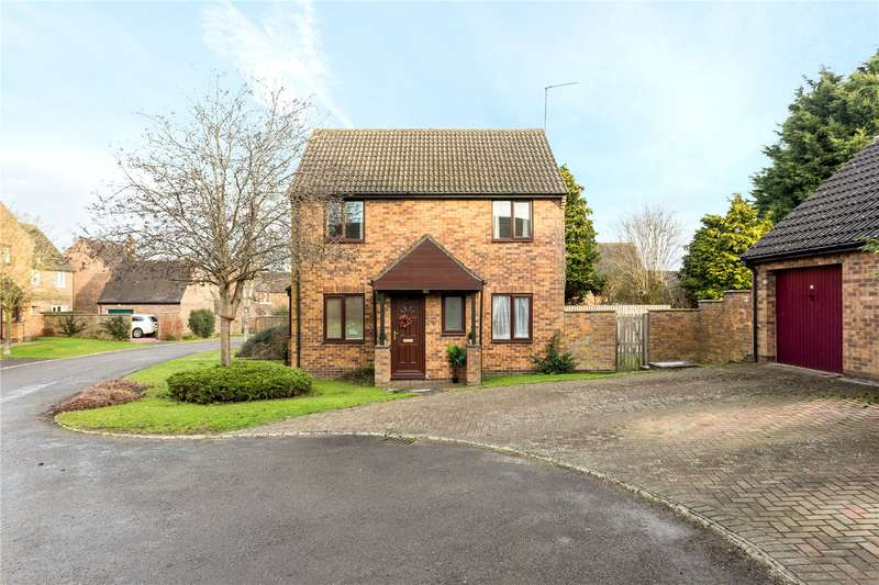 3 Bedrooms Semi Detached House for sale in Manning Close, Bloxham, Banbury, Oxfordshire, OX15