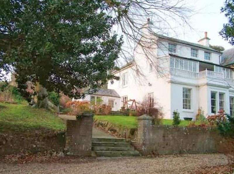 7 Bedrooms House for sale in Watergate Road, Newport