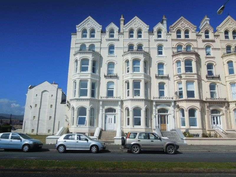 3 Bedrooms Flat for sale in Mooragh Promenade, Ramsey, IM8 3BA