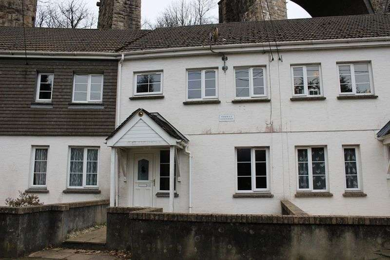 2 Bedrooms Terraced House for sale in Trenance Road, St. Austell