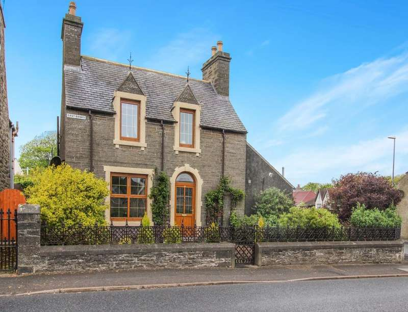 3 Bedrooms Detached House for sale in East Banks, Wick, KW1