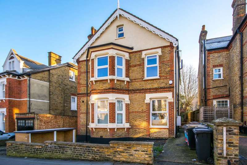Studio Flat for sale in Moreton Road, South Croydon, CR2