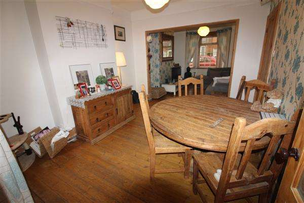 3 Bedrooms Terraced House for sale in Wolverton, Milton Keynes