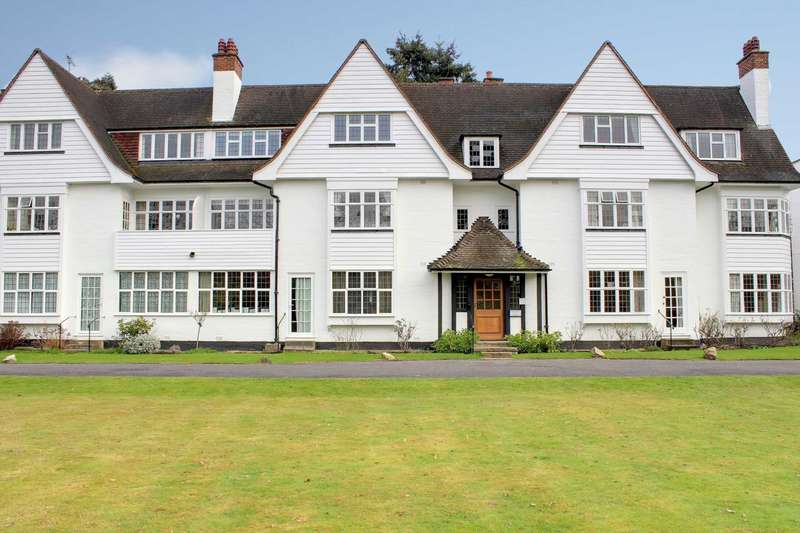 2 Bedrooms Apartment Flat for sale in Leicester House, Watts Road,Thames Ditton