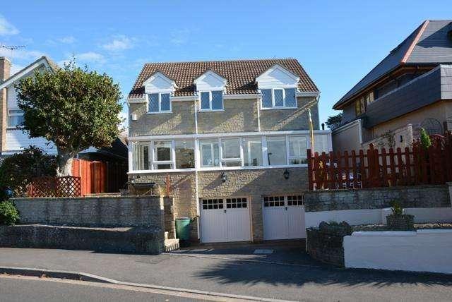 4 Bedrooms Property for sale in Burnham Drive, Bleadon Hill, Weston-super-Mare