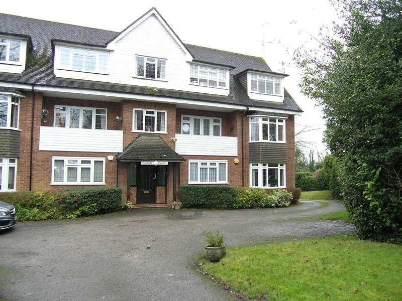 2 Bedrooms Flat for sale in Uplands Court, High Road, Bushey Heath