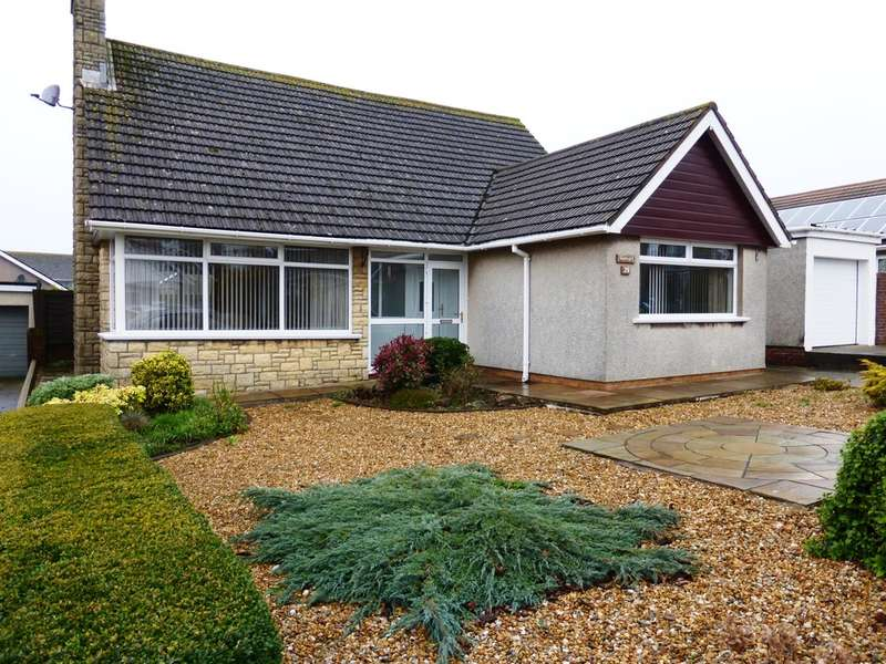 3 Bedrooms Detached Bungalow for sale in Dunster Drive, Sully, Penarth