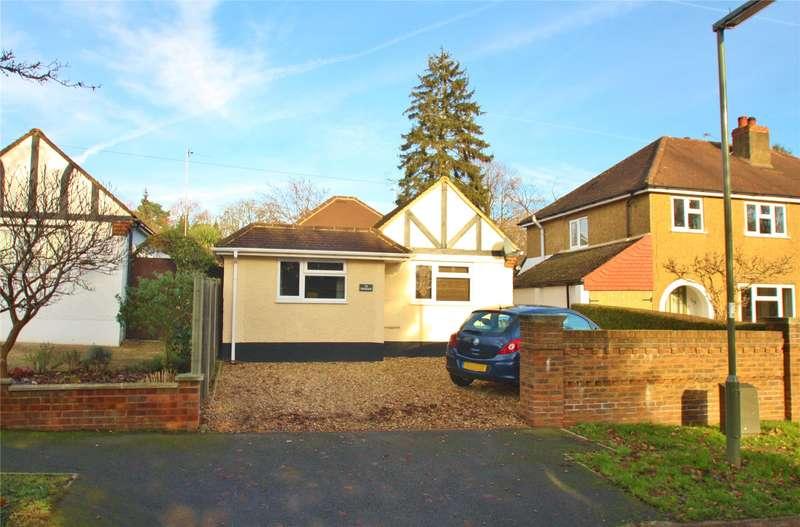 3 Bedrooms Detached Bungalow for sale in Batten Avenue, Woking, Surrey, GU21