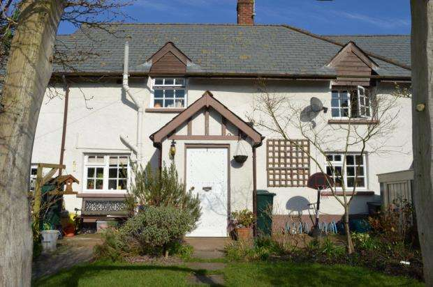 3 Bedrooms End Of Terrace House for sale in Forge Cottages, The Green, Morchard Bishop, Crediton