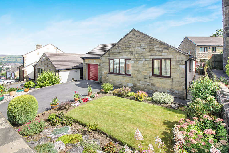 3 Bedrooms Detached Bungalow for sale in Random Close, Keighley, BD22