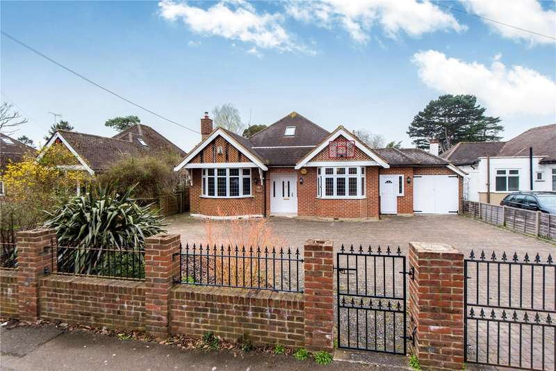 5 Bedrooms Detached House for sale in Cromwell Road, Worcester Park, Surrey, KT4