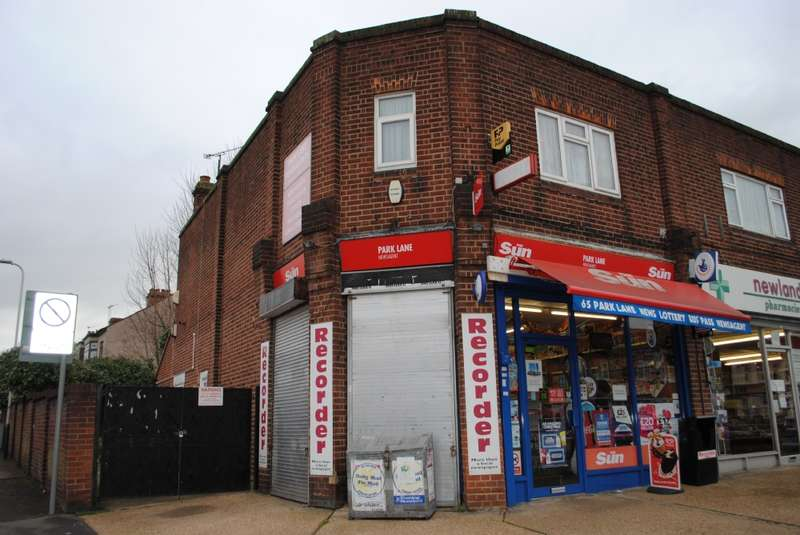3 Bedrooms Commercial Property for sale in Park Lane, Hornchurch