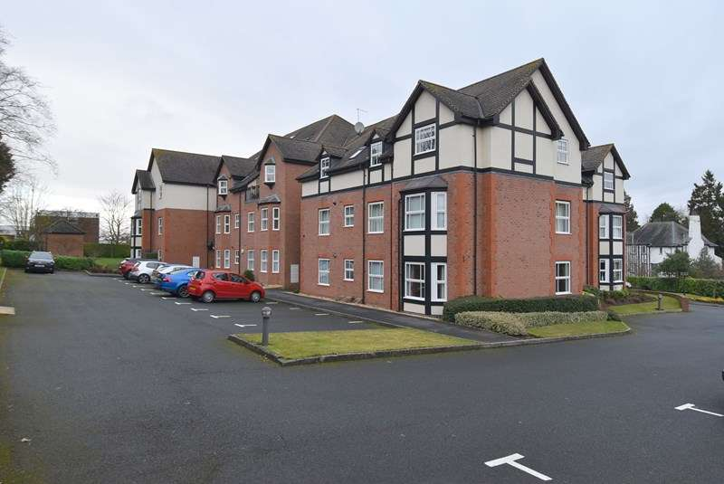 2 Bedrooms Duplex Flat for sale in Lyttelton Court, Droitwich