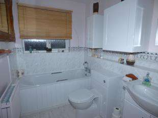 3 Bedrooms Detached House for sale in Butterside Road, Kingsnorth, Ashford, Kent