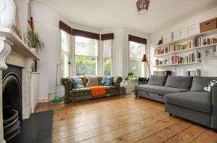 1 Bedroom Maisonette Flat for sale in Stanstead Road, London