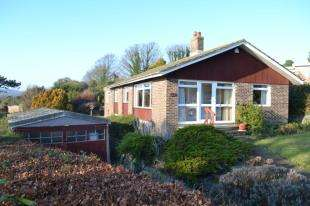 4 Bedrooms Bungalow for sale in Danes Court, Dover, Kent