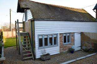 2 Bedrooms Link Detached House for sale in Bakery Lane, Punnetts Town, Heathfield, East Sussex