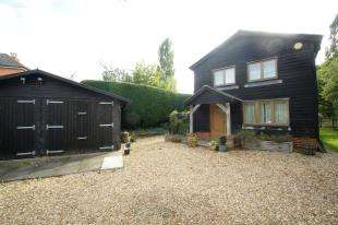 3 Bedrooms House for sale in Stane Street, Slinfold, Horsham, West Sussex
