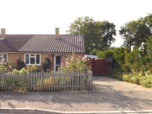 2 Bedrooms Bungalow for sale in Crown Road, Edenbridge, Kent