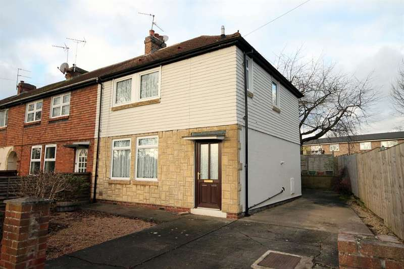 3 Bedrooms Semi Detached House for sale in Flaxman Avenue, York, YO10 3TW
