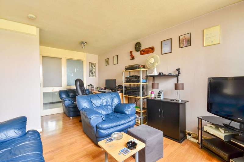 1 Bedroom Flat for sale in Cromwell Road, Oval, SW9