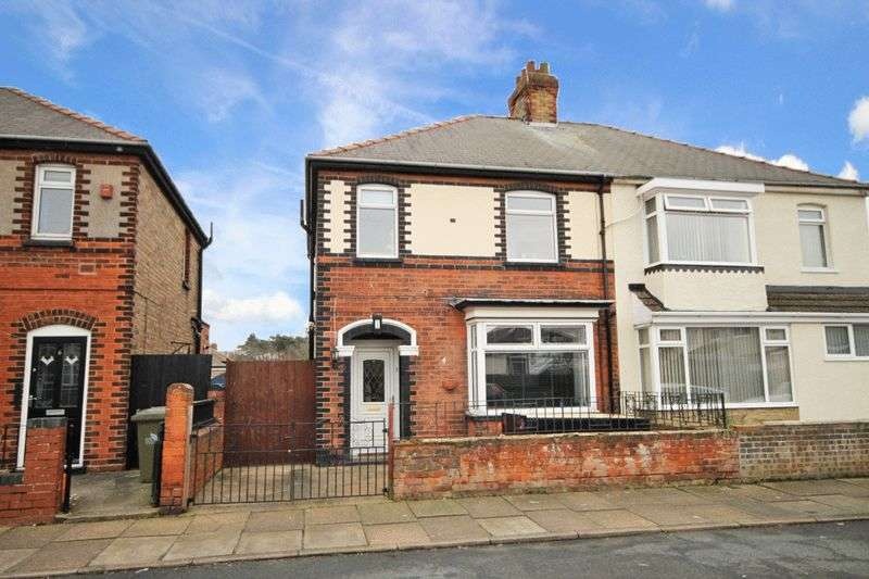 3 Bedrooms Semi Detached House for sale in CROWLAND AVENUE, GRIMSBY