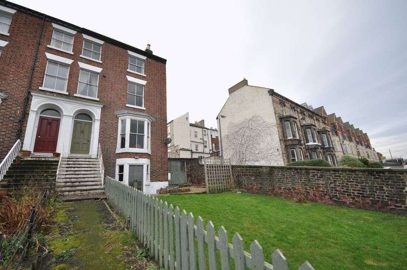 4 Bedrooms Terraced House for sale in Esk Terrace, Whitby