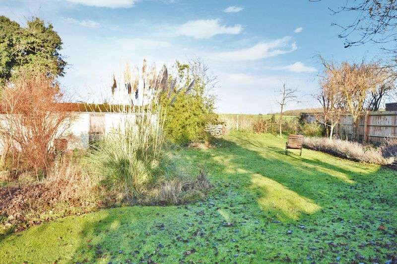 Property for sale in 11 Manor Crescent, Wendover