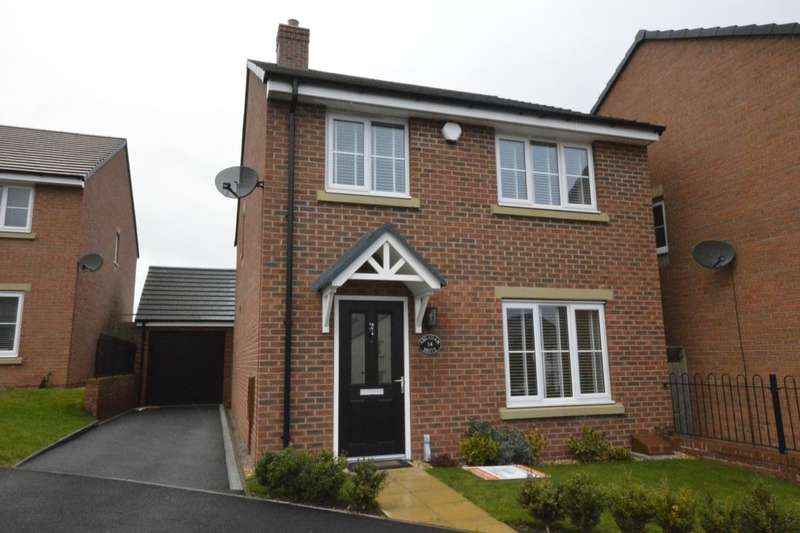 4 Bedrooms Detached House for sale in Abraham Drive, St. Georges, Telford, TF2