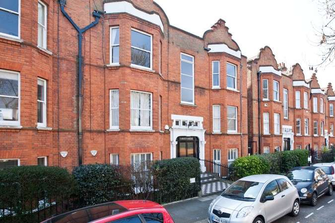 3 Bedrooms Flat for sale in Flanders Mansions, Flanders Road, Chiswick