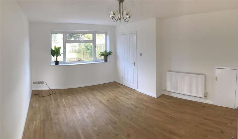 3 Bedrooms End Of Terrace House for sale in Woodlands Avenue, Rustington, West Sussex