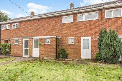 2 Bedrooms Terraced House for sale in Hydean Way, Stevenage, Hertfordshire