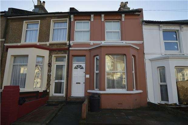 2 Bedrooms Terraced House for sale in Mount Pleasant Road, HASTINGS, TN34