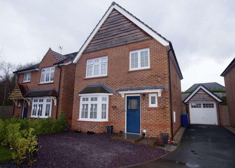 3 Bedrooms Detached House for sale in Hardwick Drive, Gwersyllt, Wrexham
