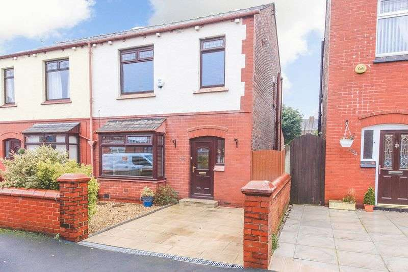 3 Bedrooms Semi Detached House for sale in Barnsley Street, Wigan