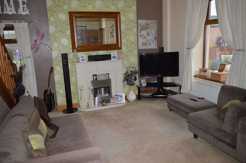 3 Bedrooms Detached House for sale in William Street, Littleborough