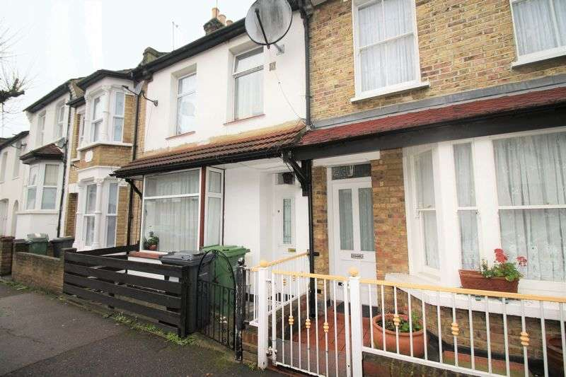 2 Bedrooms Terraced House for sale in Byron Road, Leyton E10